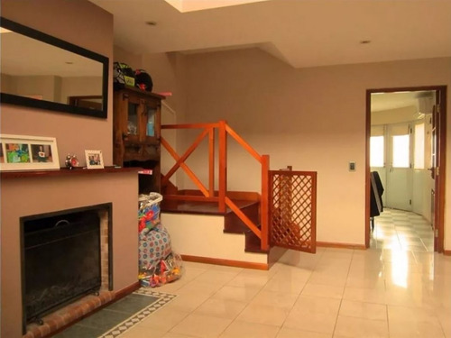 chalet 6 ambientes // villa sarmiento // venta