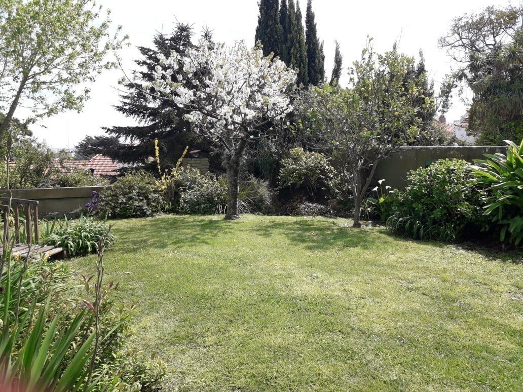 chalet alquiler 24 meses- 4 dormitorios- quincho- jardin