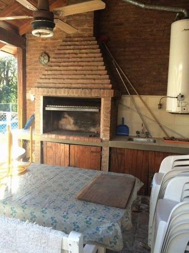 chalet con piscina en venta en country venado 2
