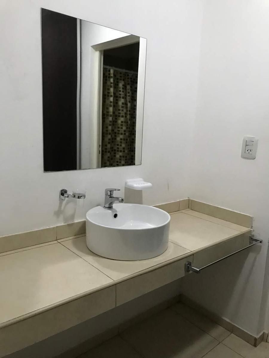 chalet de 2 dormitorios con piscina