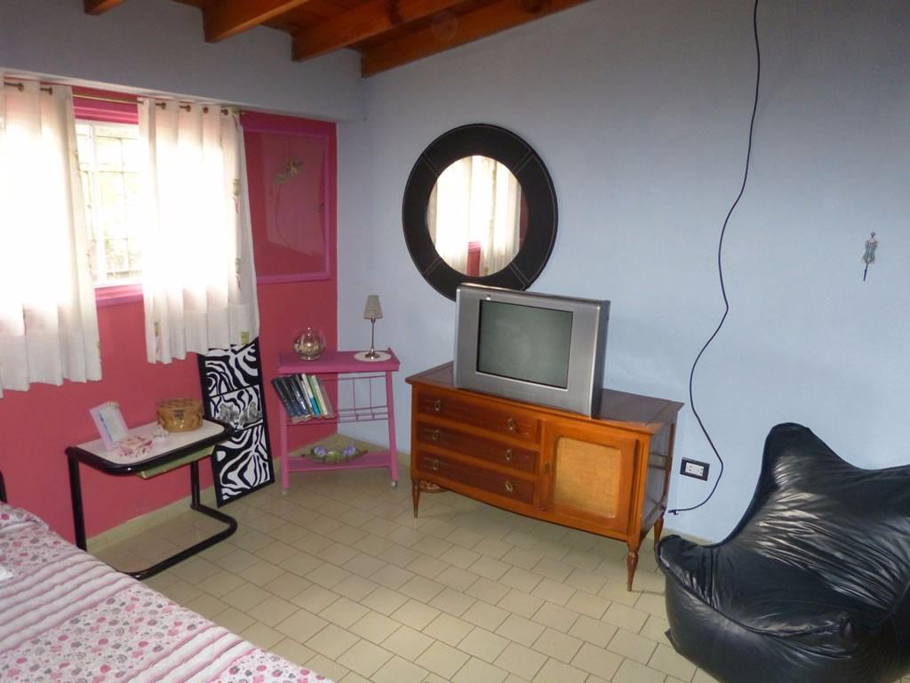 chalet de 4 dormitorios villa gesell zona sur