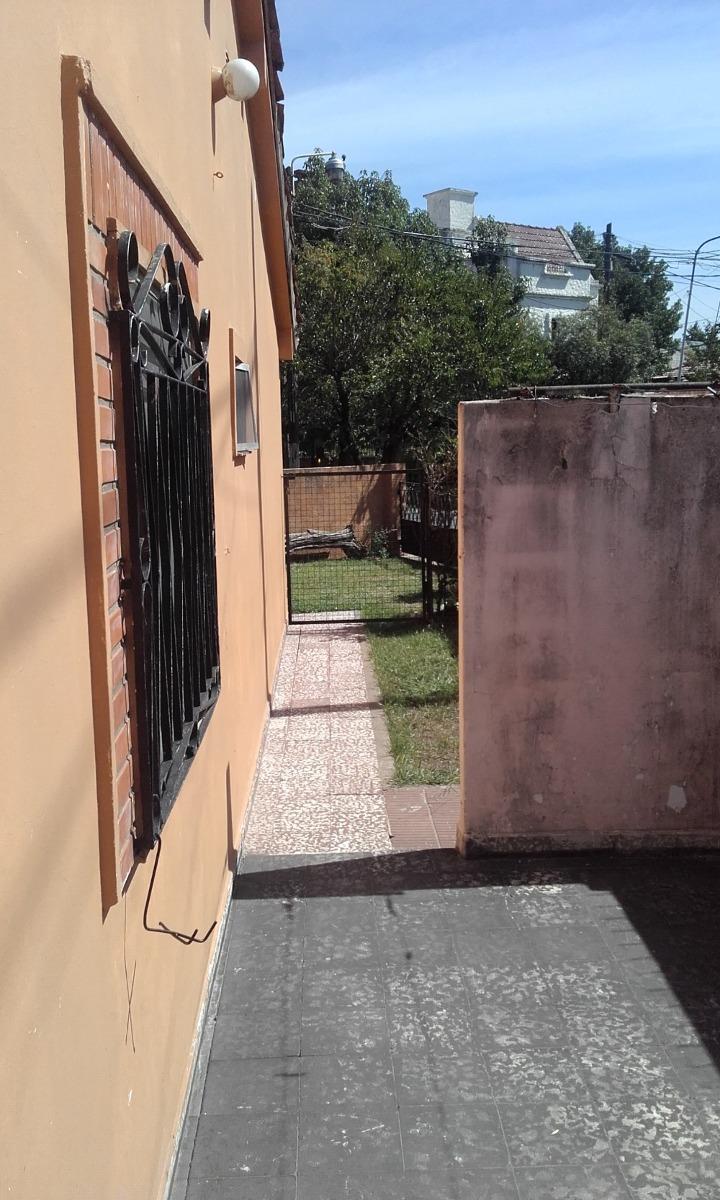 chalet de tres ambientes en ciudad jardín