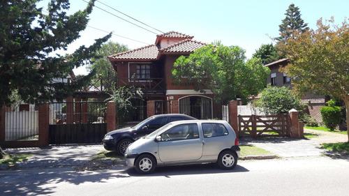 chalet en barrio san rafael (mar de ajo)