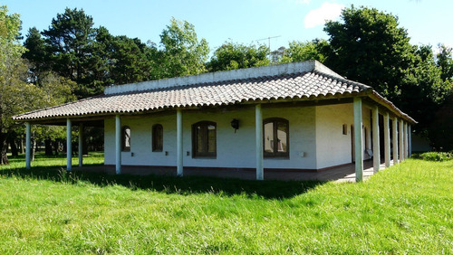 chalet en country de mar chiquita