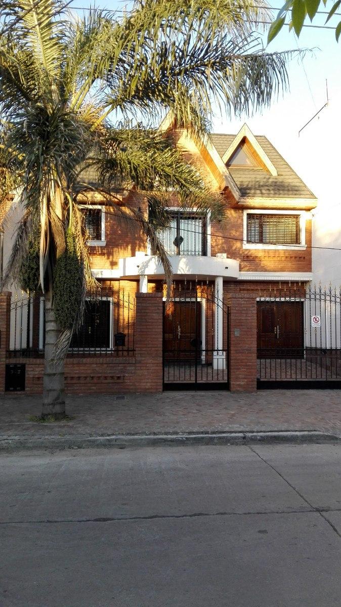 chalet en venta 3 dormitorios con garage. lomas del mirador