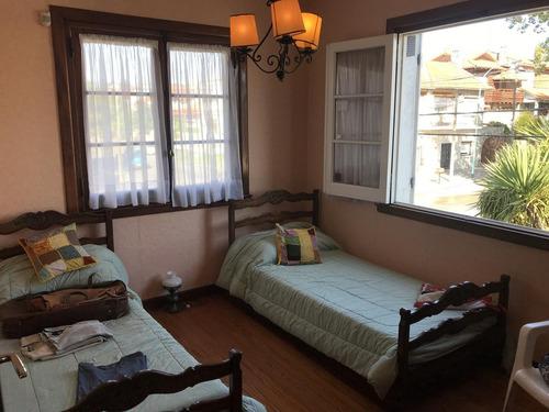 chalet en venta en playa grande - 3 dormitorios