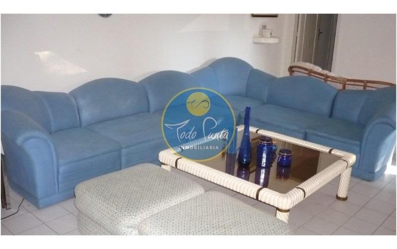 chalet en venta en zona super linda, 4 dormitorios punta del este- ref: 4208