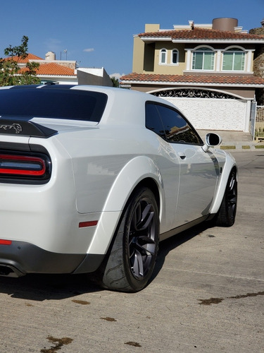 challenger hellcat widebody, impecable!
