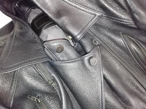 chamarra de piel motociclista