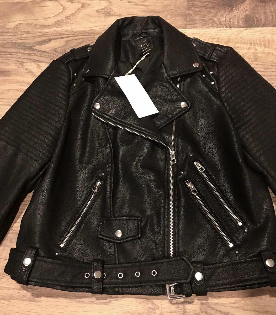 mitad de descuento 571e5 698bb Chamarra Tipo Biker Zara Trf Negra Grande