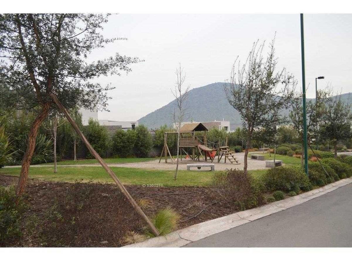 chamisero / / 4 dormitorios + servicio completo / / piscina / / estacionamiento