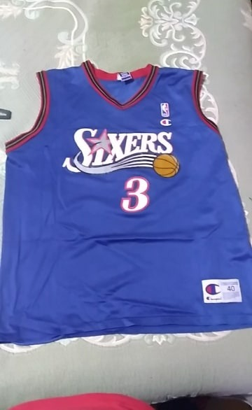 low priced fdf27 95d99 Champion Size 40 Allen Iverson Sixers Jersey