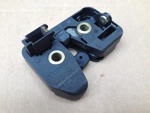 chapa de cajuela vw derby 96 a 09 mecanismo cerradura