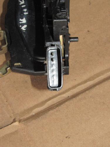 chapa de puerta trasera derecha nissan sentra 2007-2012