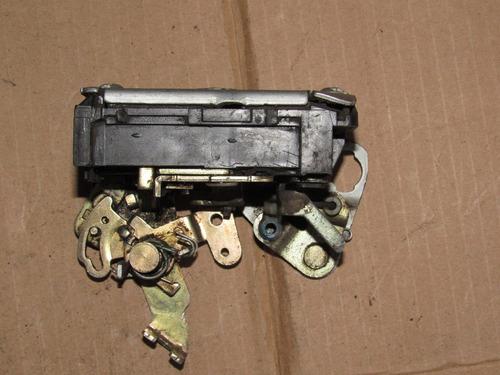 chapa de puerta trasera derecha volkswagen pointer 1999