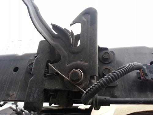 chapa del cofre chevrolet malibu 2008-2012  usada