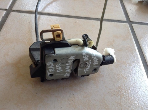 chapa electrica de puerta trasera derecha de ford ranger