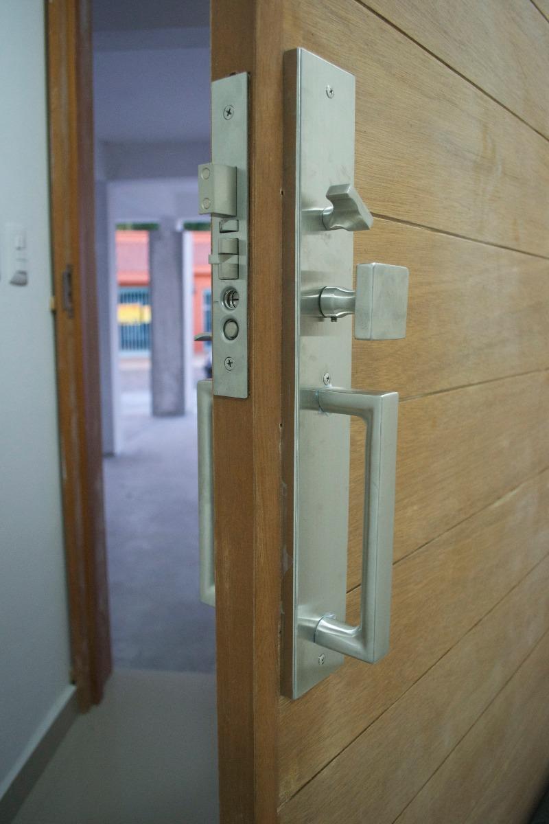 Chapa para puerta principal moderna cuadrada 3 - Puertas de chapa galvanizada precios ...