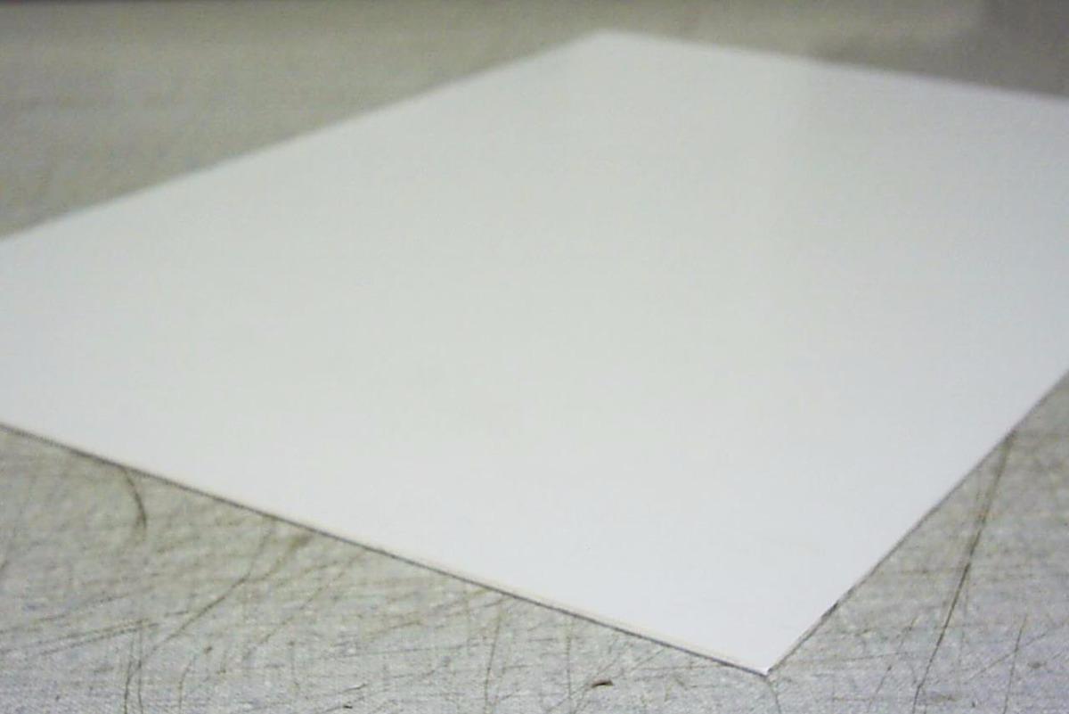 Chapa placa p s poliestireno similar pvc branca 1mm 2mx1m for Piscina plastico duro