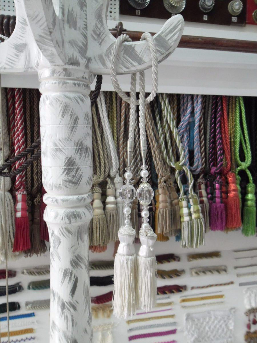 chapetones y accesorios para cortinas en