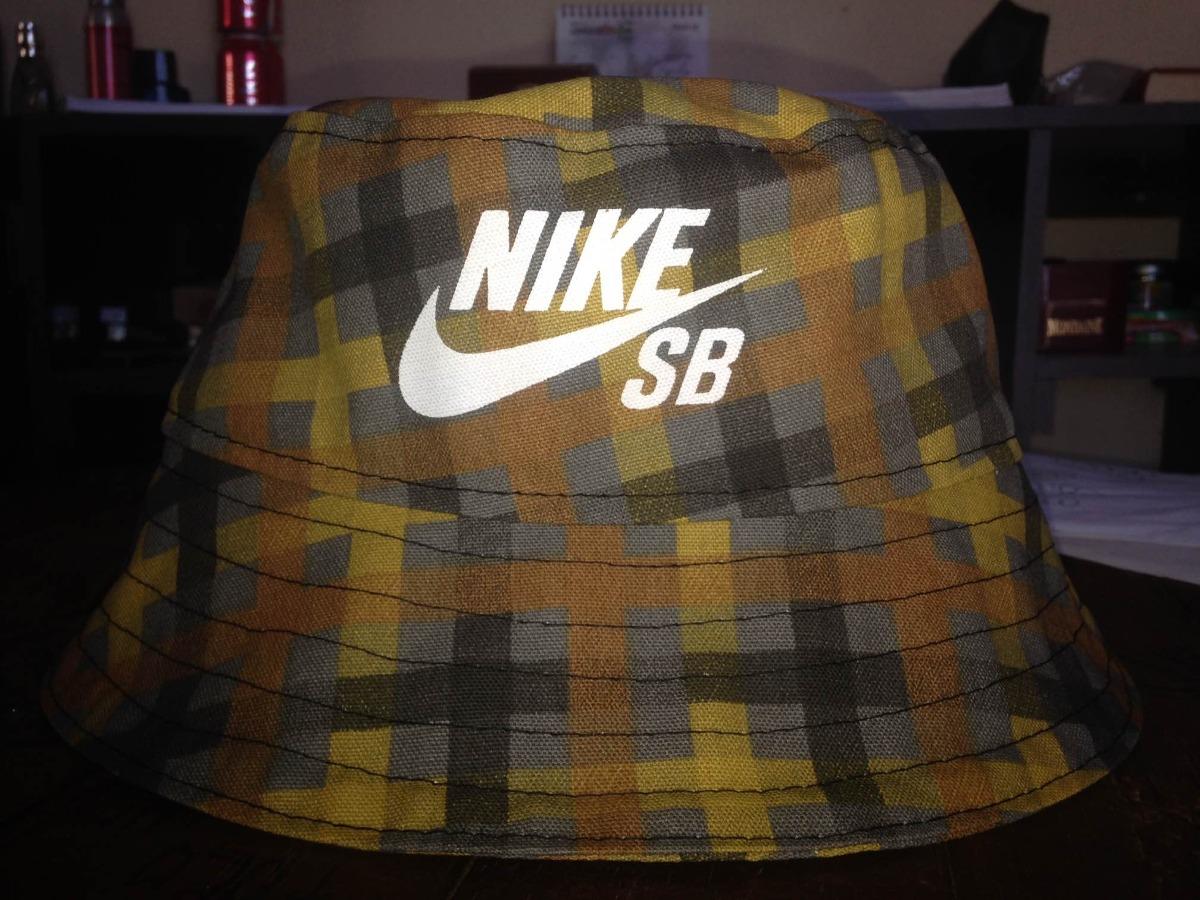 chapéu bucket hat nike sb. Carregando zoom. b5933db075b