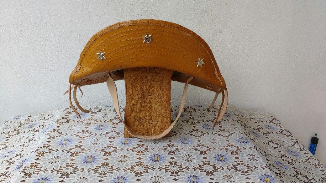 chapéu cangaceiro couro baiano. Carregando zoom. 67e6137e4a8