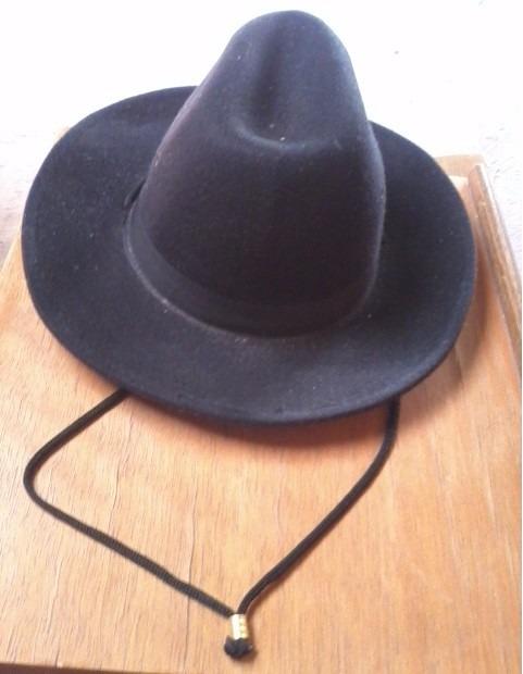 96cce00db1af7 Chapéu Cowboy Boiadeiro Feltro Mod Clássico C ajuste Pescoço - R  75 ...