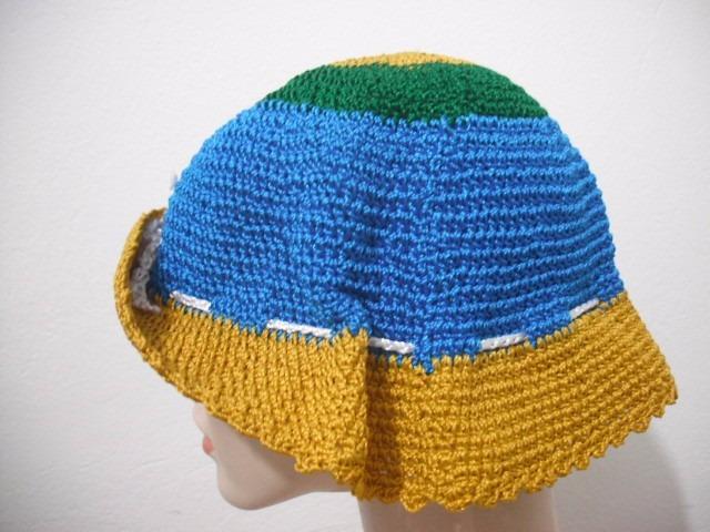 03d70a052457f Chapeu Croche Trico Colorido Praia Usado Bom Estado - R  26