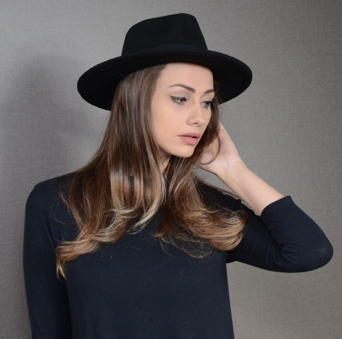 9df8176679 chapéu fedora feminino preto aba reta 7cm. Carregando zoom.