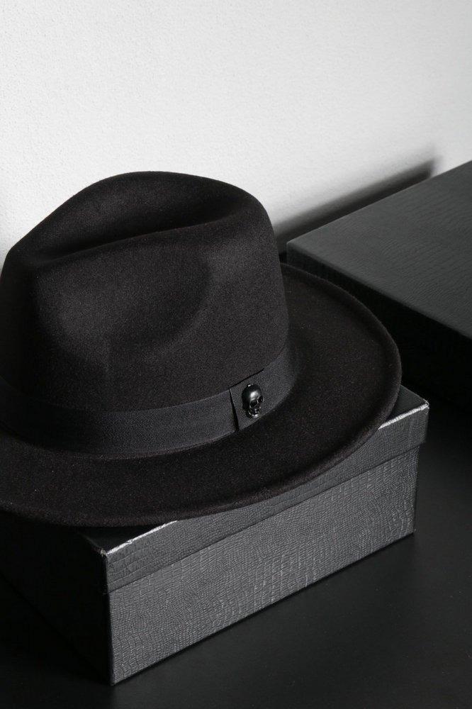 bd54d83b36ef4 chapéu fedora preto feltro aba grande caveira preto fosco. Carregando zoom.