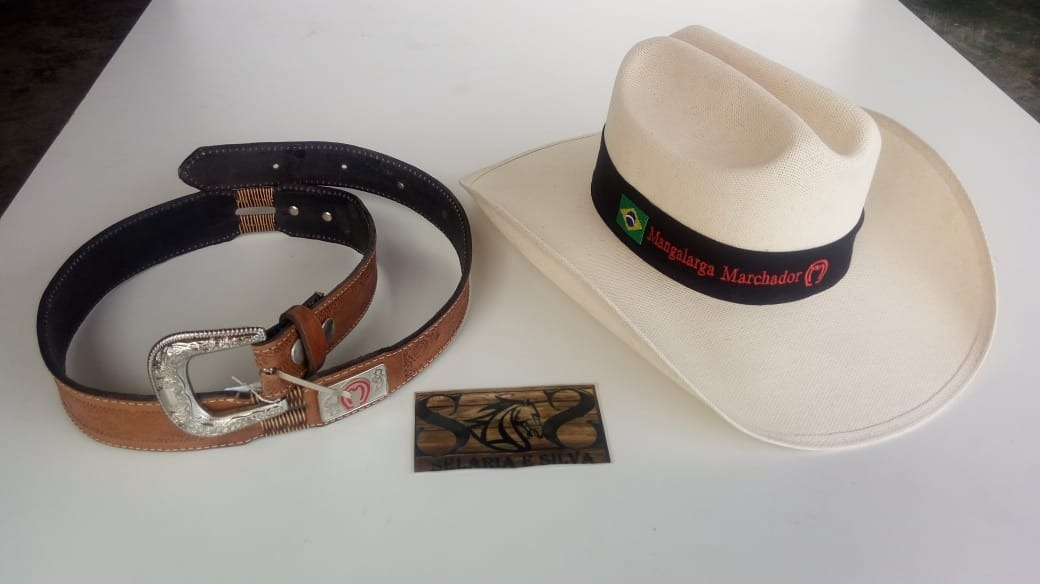 Chapéu Feminino Luxo + Cinto Trançado Mangalarga Barato - R  120 288bcdc1202