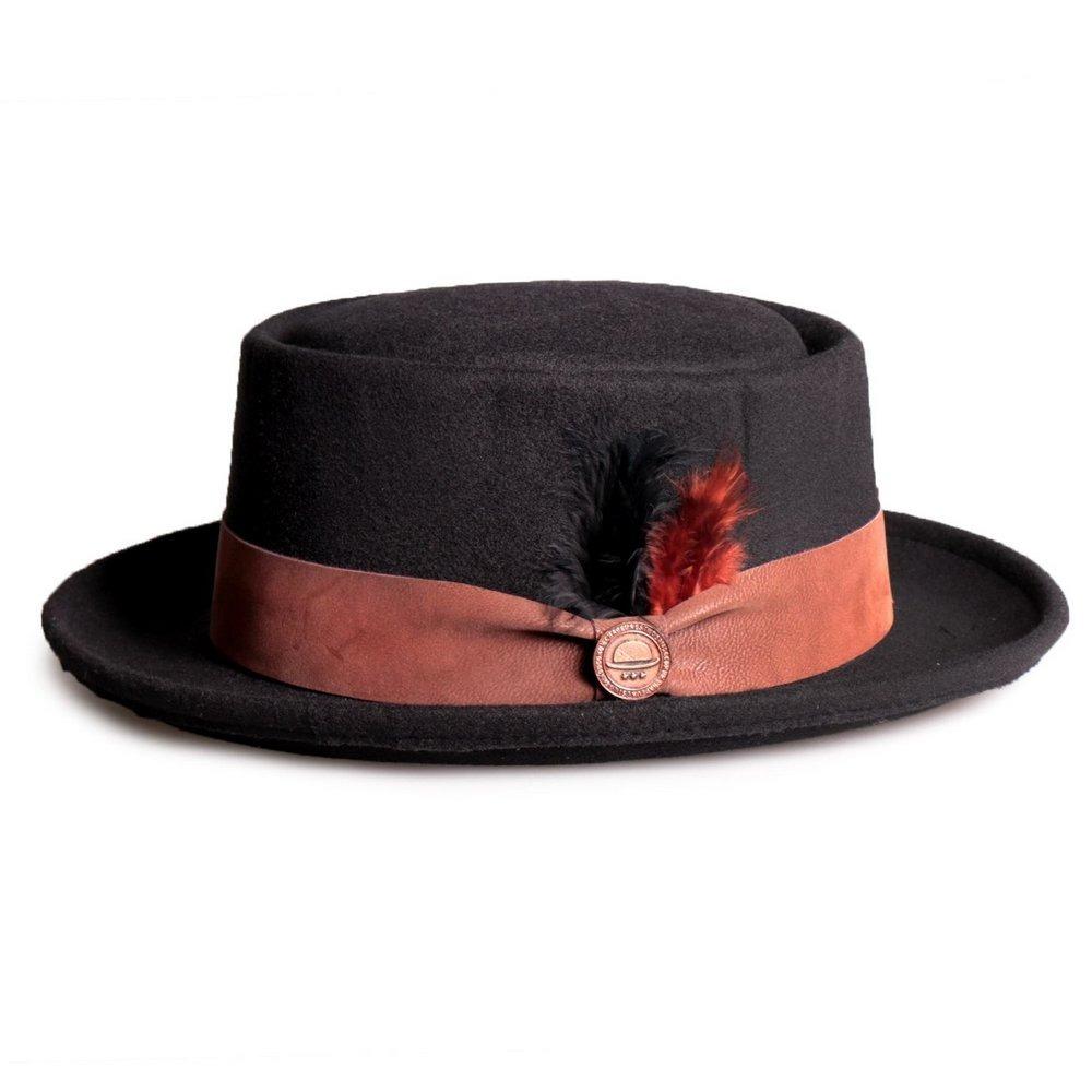 chapéu pork pie preto feltro aba 6cm com pena exclusivo. Carregando zoom. 88eb9a0e1ec