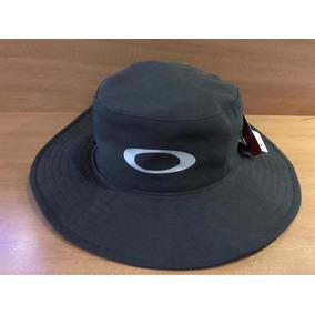 0a7952e7365e7 Chapeu Bucket Da Gucci Oakley - Acessórios da Moda no Mercado Livre ...
