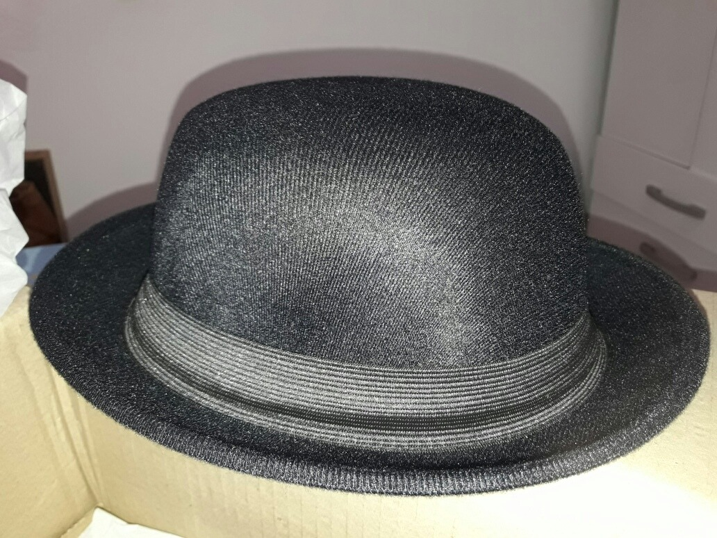 747d3684676c0 chapéus pork pie + fedora gangster + coco. Carregando zoom.