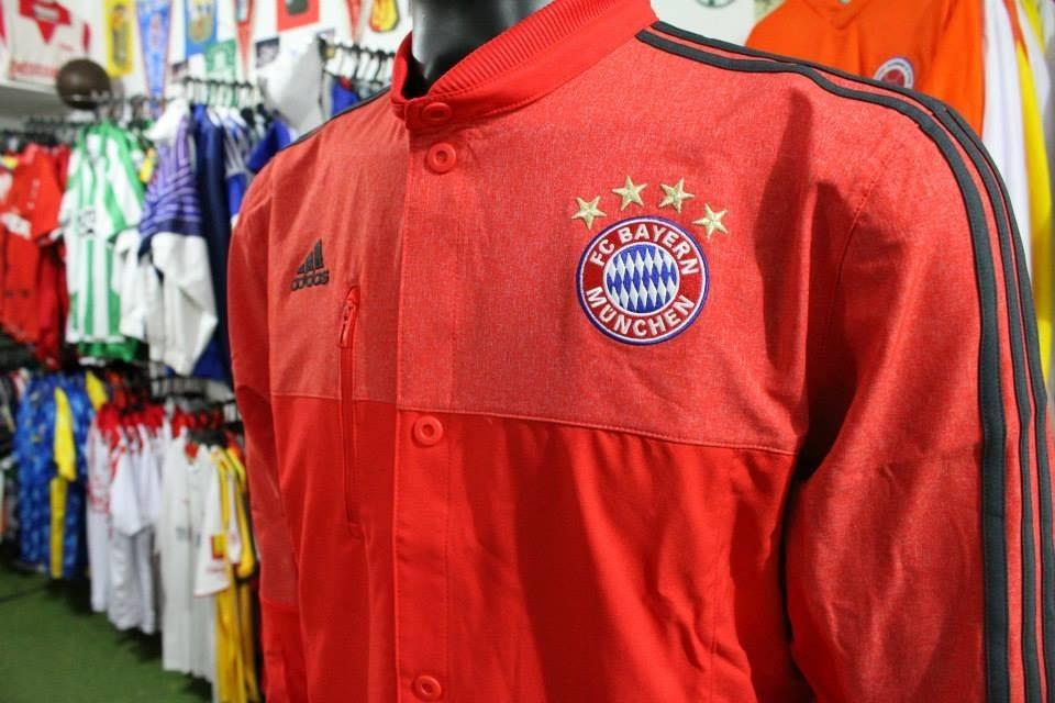 145 En Talla 000 Xdx Chaqueta Bayer Munich Adidas M xqBCqzYw7