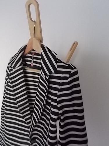 chaqueta blanca y negro nueva