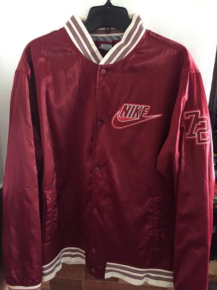 Libre Vintage Retro 1 99 En Bordo Mercado Chaqueta Nike 249 A6aOF