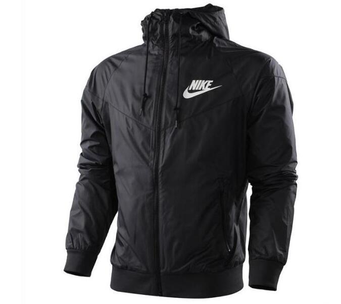 Negra 010 Capucha Nike Hombres Chaqueta 544120 L Windrunner wvICSxqAx