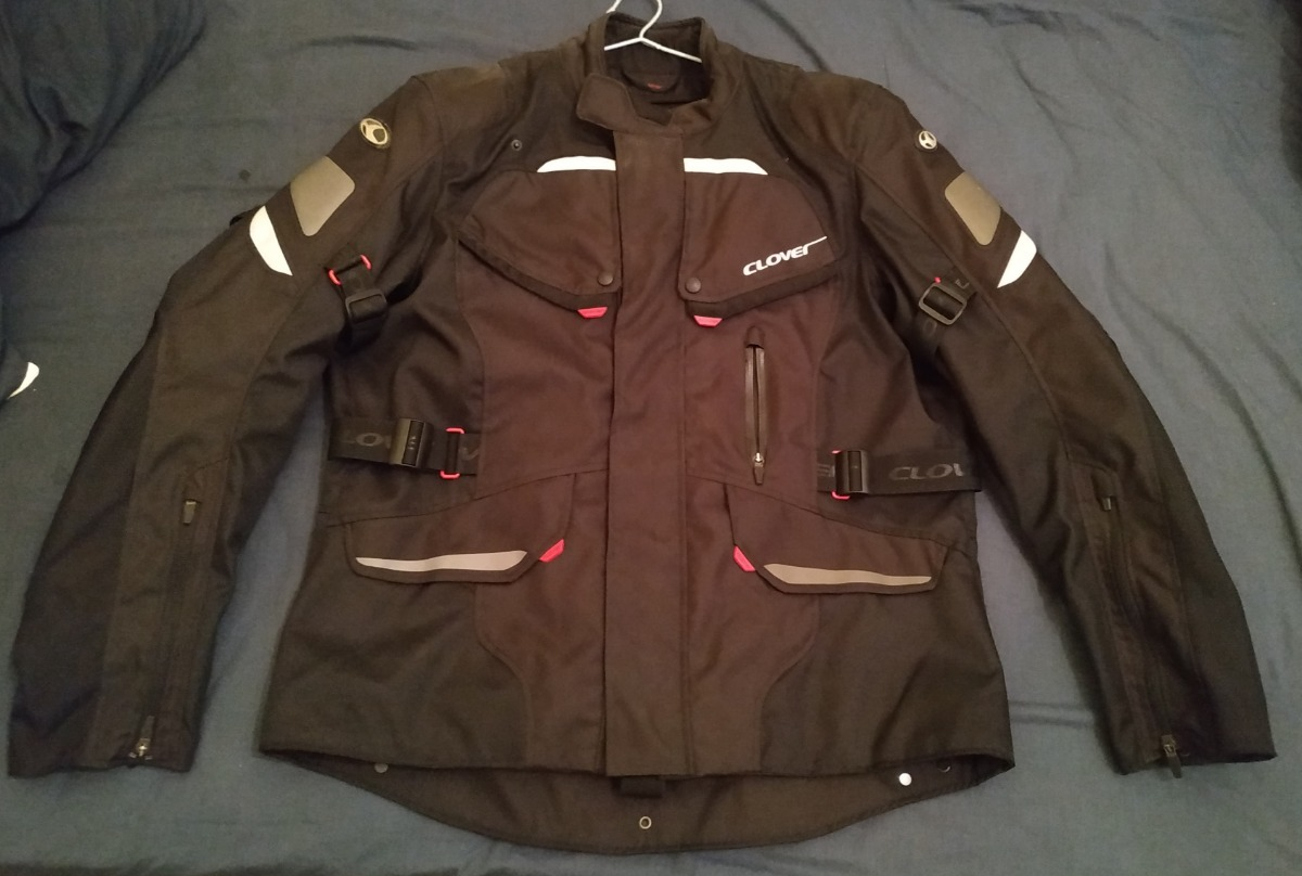 c55cadb2c6d chaqueta-clover-D NQ NP 781839-MLC29380009222 022019-F.jpg