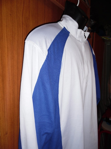 chaqueta con motivo deportivo  (n° interno 156)