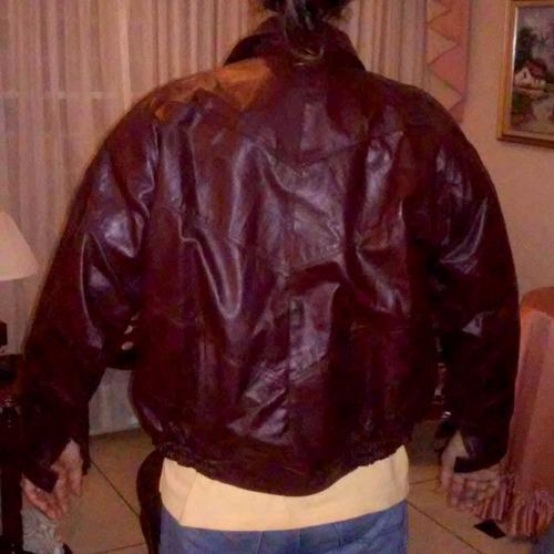 chaqueta cuero colombiano marca pelz. de lujo