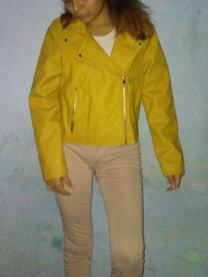 En 00 60 Libre Chaqueta De Mercado Marca Cuero Amarilla Pimkie S xZ8qH0pw 5d2749c12270