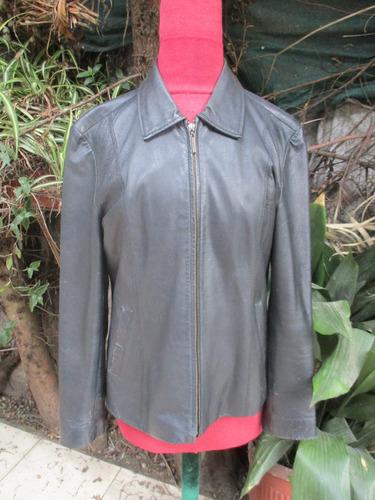 chaqueta de cuero color negro para dama
