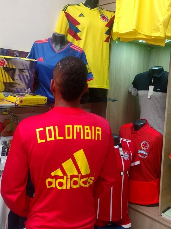 Chaqueta De La Selección Colombia -   60.000 en Mercado Libre d531f9049ca75
