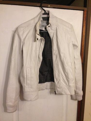 chaqueta de mujer color blanco talla m