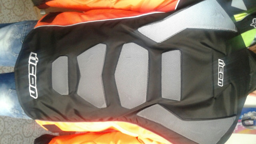 chaqueta de protección e impermeable