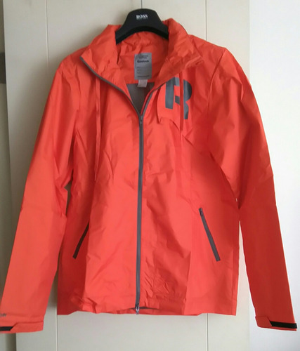 chaqueta deportiva reebok