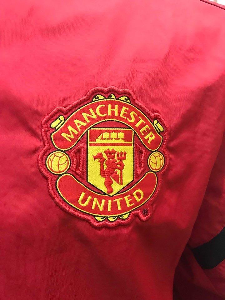 Chaqueta Manchester United 100% Original -   20.000 en Mercado Libre 719905f23275c