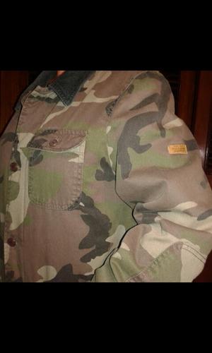 chaqueta militar pull&bear