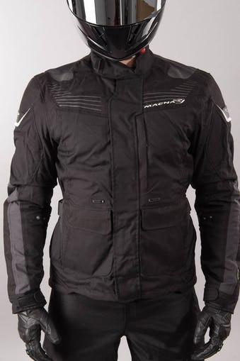 3ec91920658 Chaqueta Moto Protección Impermeable 100% Macna Mentor Negra ...